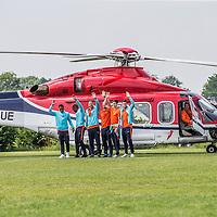 """Nederland,Leeuwarden, 28 mei 2014.<br /> Oranje-fandag georganiseerd door ING bij voetbalvereniging Blauw Wit"""" 34 Leeuwarden.<br /> Op de foto: Het Nederlands elftal arriveert per helicopter<br /> <br /> Foto: Jean-Pierre Jans"""