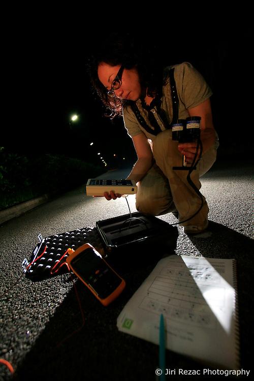 CHINA HONG KONG 24MAY10 - Margaret Lo measures light intensity at a LED lighting pilot project at Hong Kong's Science and Technology University...jre/Photo by Jiri Rezac / The Climate Group..© Jiri Rezac 2010