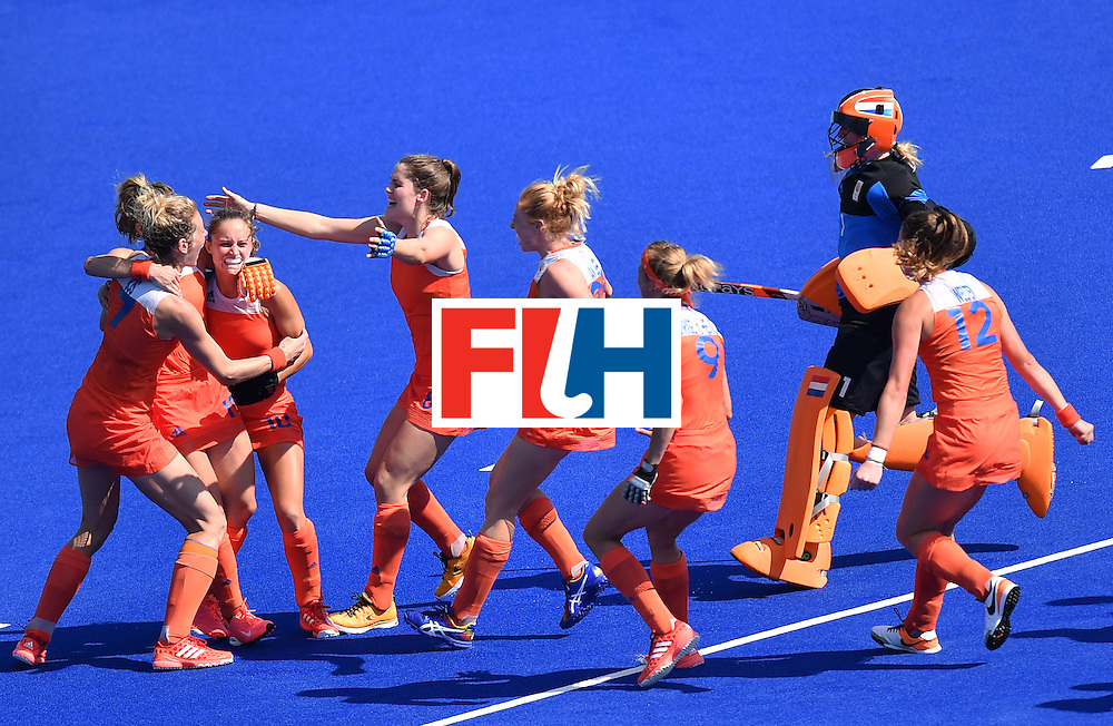 Netherlands' players celebrate after the penalty shoot-out after the women's semifinal field hockey Netherlands vs Germany match of the Rio 2016 Olympics Games at the Olympic Hockey Centre in Rio de Janeiro on August 17, 2016. / AFP / MANAN VATSYAYANA        (Photo credit should read MANAN VATSYAYANA/AFP/Getty Images)