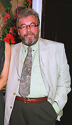 MR FELIX DENNIS multi millionaire owner of Dennis publishing,  at a party in London on 17th June 1999.MTK 22 MO