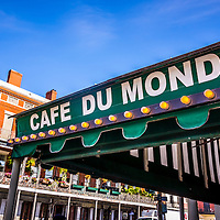 Cafe Du Monde Picture in New Orleans Louisiana. Established on 1862, Café Du Monde is a French market coffee stand restaurant in the French Quarter of New Orleans and is famous for serving beignets and chicory coffee.