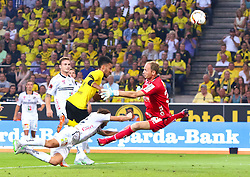 06.08.2015, Signal Iduna Park, Dortmund, GER, UEFA EL, Borussia Dortmund vs Wolfsberger AC, Qualifikation, 3. Runde, Rückspiel, im Bild Michael Sollbauer (Wolfsberger AC), Pierre-Emerick Aubameyang (Borussia Dortmund), Boris Hüttenbrenner (Wolfsberger AC)/, Alexander Kofler (Wolfsberger AC)/ during the UEFA Europa League Qualifier 3rd round, 2nd Leg Match between Borussia Dortmund and Wolfsberger AC at the Signal Iduna Park in Dortmund, Germany on 2015/08/06. EXPA Pictures © 2015, PhotoCredit: EXPA/ Sebastian Pucher