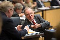 DEU, Deutschland, Germany, Berlin, 02.03.2018: Niedersachsens Ministerpräsident Stephan Weil (SPD) bei einer Sitzung im Bundesrat.