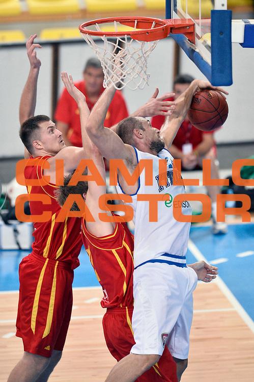 DESCRIZIONE : Skopje Nazionale Italia Uomini Torneo Internazionale di Skopje Italia Montenegro Italy Montenegro<br /> GIOCATORE : Marco Cusin<br /> CATEGORIA : Rimbalzo<br /> SQUADRA : Italia Italy<br /> EVENTO : Trofeo Internazionale di Skopje<br /> GARA : Italia Montenegro Italy Montenegro<br /> DATA : 25/07/2014<br /> SPORT : Pallacanestro<br /> AUTORE : Agenzia Ciamillo-Castoria/Max.Ceretti<br /> Galleria : FIP Nazionali 2014<br /> Fotonotizia : Skopje Nazionale Italia Uomini Torneo Internazionale di Skopje Italia Montenegro Italy Montenegro
