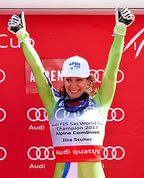 17.03.2017, Aspen, USA, FIS Weltcup Ski Alpin, Finale 2017, Kombination, Damen, im Bild Ilka Stuhec SLO,Gewinnerin des Kombi Weltcups // winner of the Combined Overal Ilka Stuhec of Slovenia during the winner award ceremony for the Ladies Combined of 2017 FIS ski alpine world cup finals. Aspen, United Staates on 2017/03/17. EXPA Pictures © 2017, PhotoCredit: EXPA/ Erich Spiess