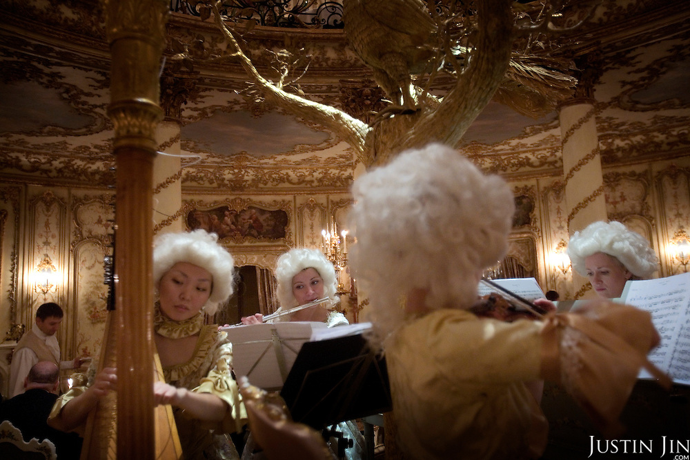 Musicians entertain guests at the famed Turandot restaurant in central Moscow. The restaurant, built and owned by Andrey Dellos, is modelled in Baroque style. It is a favourite among the city's rich.
