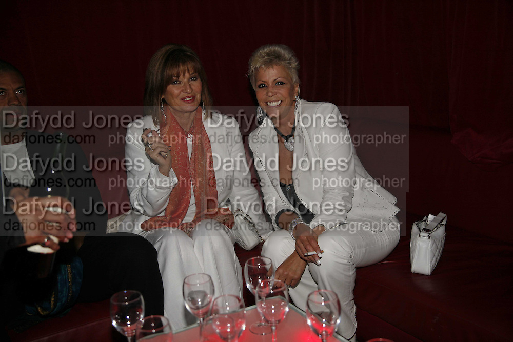 Stephanie Beecham and Lisa Boyce',  Opening night of the  Broadway dance show 'Movin' Out' at the Apollo Victoria theatre. London. 10 April  2006. ONE TIME USE ONLY - DO NOT ARCHIVE  © Copyright Photograph by Dafydd Jones 66 Stockwell Park Rd. London SW9 0DA Tel 020 7733 0108 www.dafjones.com