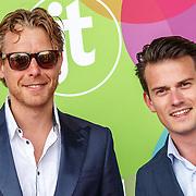 NLD/Hilversum/20150715 - Premiere Binnenstebuiten, Mark van Eeuwen en Levi van Kempen
