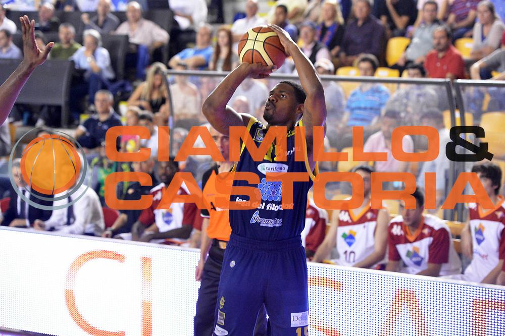 DESCRIZIONE : Roma Lega A 2012-2013 Acea Roma Sutor Montegranaro<br /> GIOCATORE : Johnson Kyle <br /> CATEGORIA : three points<br /> SQUADRA : Sutor Montegranaro<br /> EVENTO : Campionato Lega A 2012-2013 <br /> GARA : Acea Roma Sutor Montegranaro<br /> DATA : 05/05/2013<br /> SPORT : Pallacanestro <br /> AUTORE : Agenzia Ciamillo-Castoria/ GiulioCiamillo<br /> Galleria : Lega Basket A 2012-2013  <br /> Fotonotizia : Roma Lega A 2012-2013 Acea Roma Sutor Montegranaro<br /> Predefinita :
