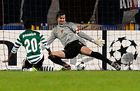 Tor zum 0:1 durch Sportings Yannick Djalo gegen den Basler Franco Costanzo. © Valeriano Di Domenico/EQ Images