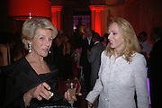 the Duchess of Marlborough and Mrs. Alfred Taubmane , Cartier party to celebrate the Blooming of a precious jewel. the Orangery. Kensington Palace. London.  25 October 2005. October 2005. ONE TIME USE ONLY - DO NOT ARCHIVE © Copyright Photograph by Dafydd Jones 66 Stockwell Park Rd. London SW9 0DA Tel 020 7733 0108 www.dafjones.com