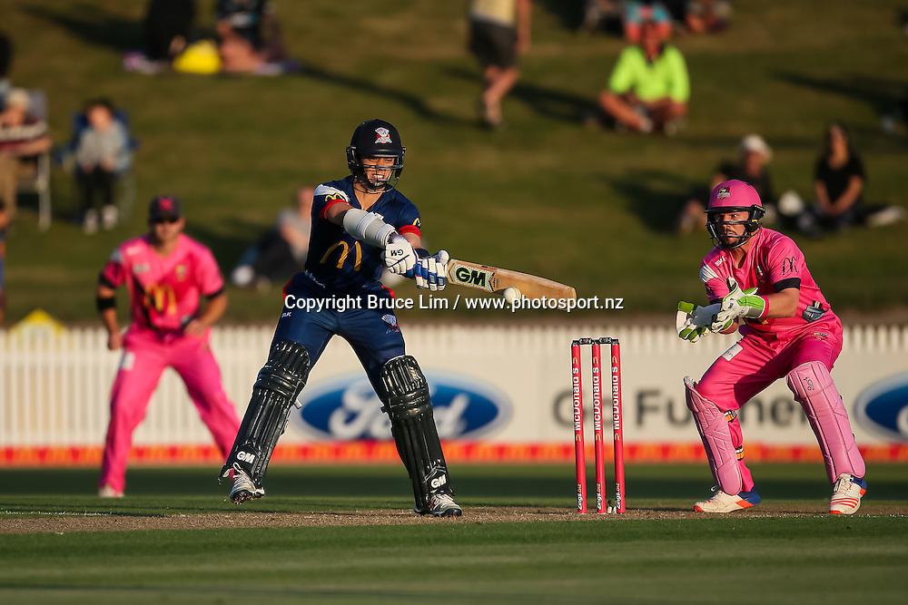 Auckland Aces' Mark Chapman batting during the McDonalds Super Smash T20 cricket match - Knights v Aces played at Seddon Park, Hamilton, New Zealand on Saturday 17 December.<br /> <br /> Copyright photo: Bruce Lim / www.photosport.nz