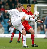 Photo: Daniel Hambury.<br /> Milton Keynes Dons V Bristol City.<br /> Coca Cola League One.<br /> 09/04/2005.<br /> MK Dons'sGareth Edds and Bristol City's Cole Skuse battle for the ball.