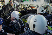 Protest action of firemen in Brussels, in December 13, 2013. BELGA PHOTO / Thierry Roge