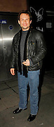 27.SEPTEMBER.2007. LONDON<br /> <br /> CHRISTIAN SLATER LEAVING AUTOMAT RESTAURANT, MAYFAIR.<br /> <br /> BYLINE: EDBIMAGEARCHIVE.CO.UK<br /> <br /> *THIS IMAGE IS STRICTLY FOR UK NEWSPAPERS AND MAGAZINES ONLY*<br /> *FOR WORLD WIDE SALES AND WEB USE PLEASE CONTACT EDBIMAGEARCHIVE - 0208 954 5968*