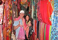 NEW DELHI India ; media , journalist,<br /> Noor Tonkens en Robert Misset.