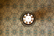 Deckenbemalung und Deckenlampe, Kaiser-Friedrich-Therme innen, Wiesbaden, Hessen, Deutschland | ceiling and lamp, Kaiser-Friedrich-Therme, Wiesbaden, Hesse, Germany