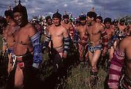 Mongolia. mongol wrestling during the naadam in dalanzadgad,   dalanzadgad       /   luute mongole pendant le Naadam de dalanzadgad capitale du desert de Gobi   dalanzadgad  Mongolie Arrivee des lutteurs sur le stade    /   12142/2    L0006116  /  P0002090