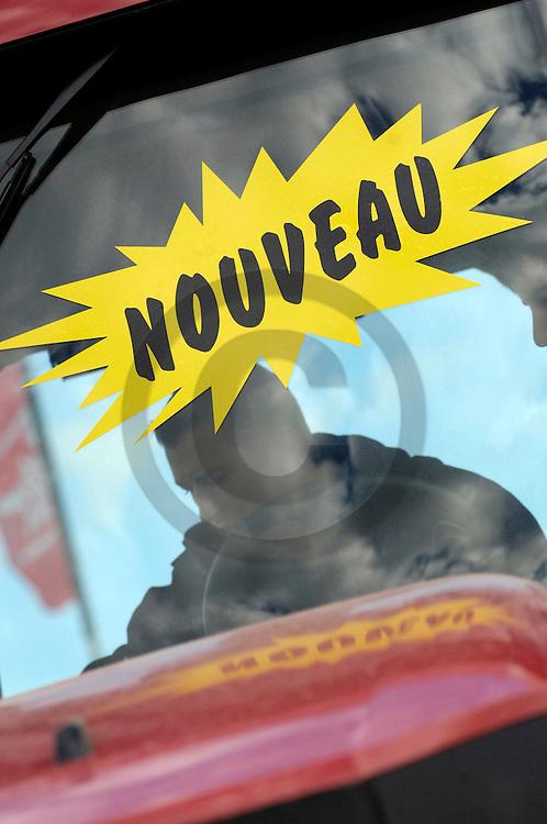 05/10/06 - COURNON - PUY DE DOME - FRANCE - Sommet de l Elevage 2006 a la Grande Halle d Auvergne - Photo Jerome CHABANNE