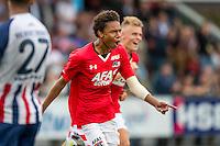 WIJDEWORMER - 03-09-2016, Jong AZ - Excelsior Maassluis, AFAS trainingscomplex, 3-2, AZ speler Calvin Stengs juicht nadat hij het winnende doelpunt heeft gescoord.