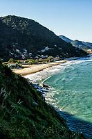 Vista da Praia da Solidão e Praia dos Açores a partir da trilha para a Praia do Saquinho. Florianópolis, Santa Catarina, Brasil. / View of Solidao Beach and Acores Beach from the trail to Saquinho Beach. Florianopolis, Santa Catarina, Brazil.