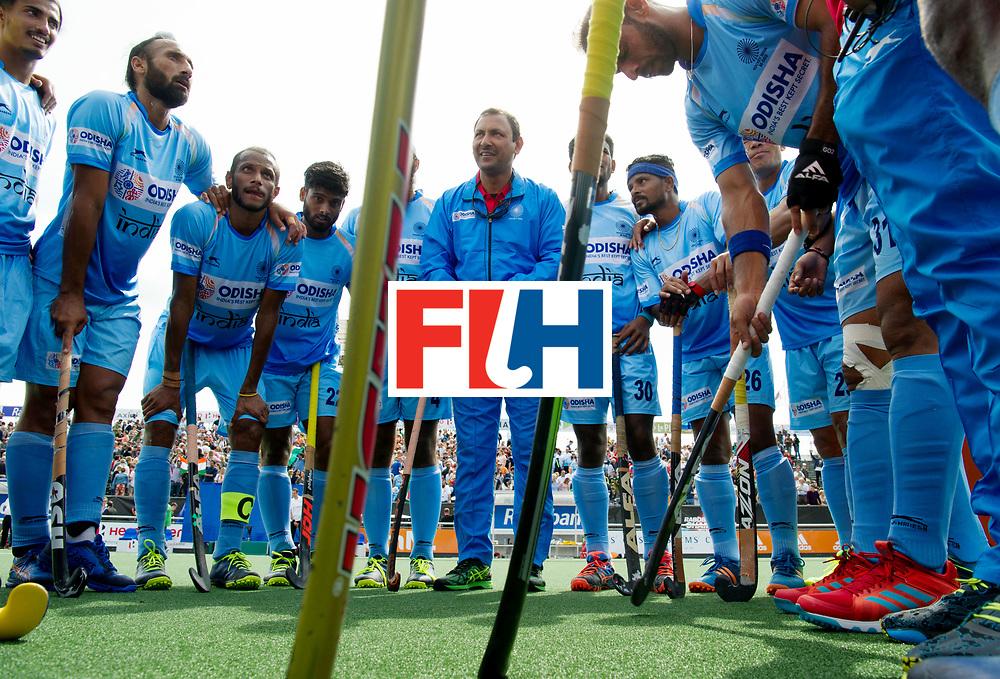BREDA - Rabobank Hockey Champions Trophy<br /> India - Pakistan<br /> Photo: India after the match.<br /> COPYRIGHT WORLDSPORTPICS FRANK UIJLENBROEK