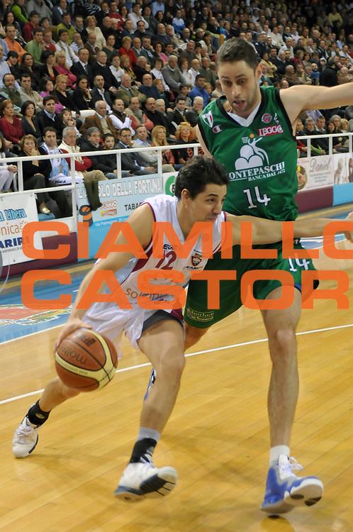 DESCRIZIONE : Rieti Lega A1 2007-08 Solsonica Rieti Montepaschi Siena<br /> GIOCATORE : Patricio Prato<br /> SQUADRA : Solsonica Rieti<br /> EVENTO : Campionato Lega A1 2007-2008 <br /> GARA : Solsonica Rieti Montepaschi Siena<br /> DATA : 16/03/2008 <br /> CATEGORIA : Palleggio<br /> SPORT : Pallacanestro <br /> AUTORE : Agenzia Ciamillo-Castoria/E. Grillotti