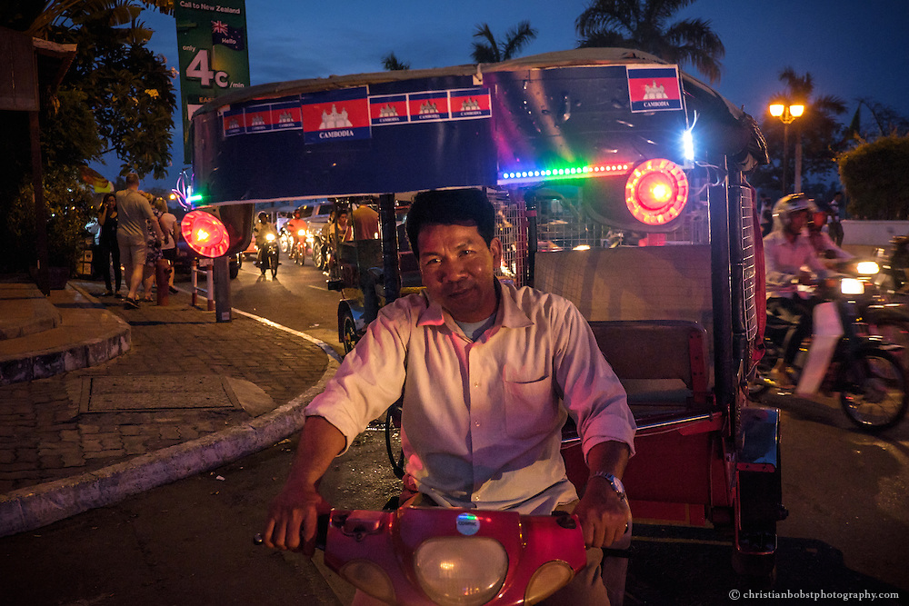 If one wants to explore Phnom Penh during the day, or at night, best is to look for a nice and friendly Tuk Tuk driver. Most of them speak some English and are willing to show the visitors the tourist attractions. Most of the attractions lie close together anyways.