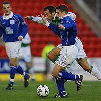 St Johnstone v Hibs   22.12.01<br />Ross Forsyth beats Freddy Arpinon<br /><br />Pic by Graeme Hart<br />Copyright Perthshire Picture Agency<br />Tel: 01738 623350 / 07990 594431