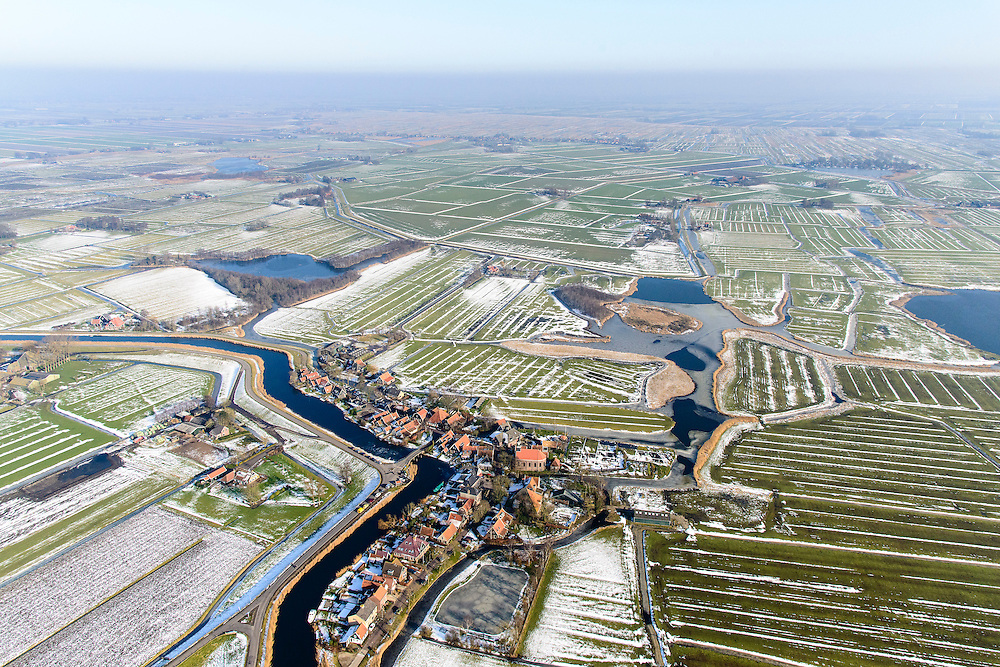 Nederland, Noord-Holland, gemeente Schermer, 28-10-2016; dorp Driehuizen op de grens van Eilandspolder en De Schermer. Winterlandschap.<br /> Small polders near Alkmaar, with village and polder Schermer. Winter Landscape.<br /> <br /> luchtfoto (toeslag op standard tarieven);<br /> aerial photo (additional fee required);<br /> copyright foto/photo Siebe Swart