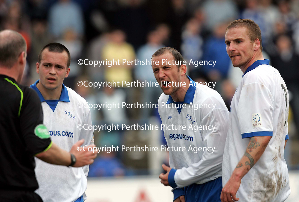 Queen of the South v St Johnstone.....15.04.06<br />