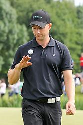 27.06.2015, Golfclub München Eichenried, Muenchen, GER, BMW International Golf Open, Tag 3, im Bild enttaeuschung bei Marcel Schneider (GER) am Gruen von Loch 18 // during the day three of BMW International Golf Open at the Golfclub München Eichenried in Muenchen, Germany on 2015/06/27. EXPA Pictures © 2015, PhotoCredit: EXPA/ Eibner-Pressefoto/ Kolbert<br /> <br /> *****ATTENTION - OUT of GER*****