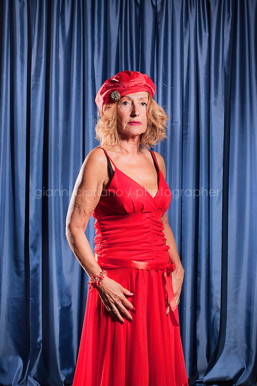 PESARO, ITALIA - 30 settembre 2011: Jacqueline, 66,  participates at Miss Over, a beauty pageant for women over 30, 40, 50 and 60 years old in Pesaro, Italy.