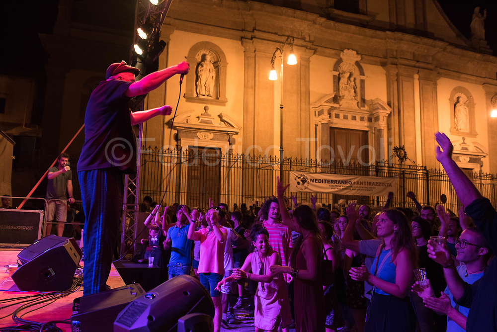 A pop music concert in one of Ballarò's squares