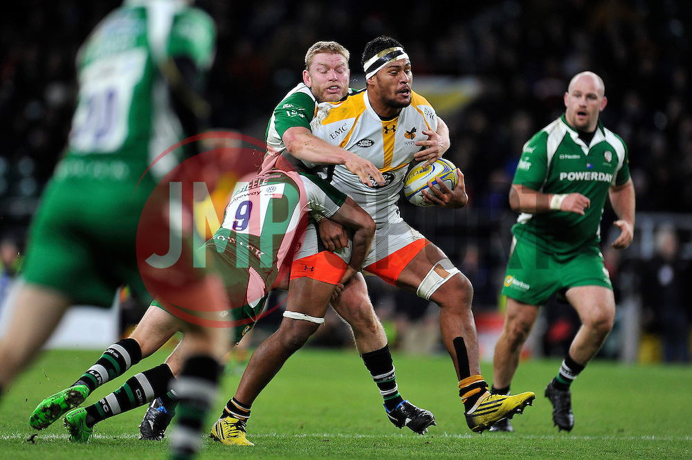 Nathan Hughes of Wasps takes on the London Irish defence - Mandatory byline: Patrick Khachfe/JMP - 07966 386802 - 28/11/2015 - RUGBY UNION - Twickenham Stadium - London, England - London Irish v Wasps - Aviva Premiership.