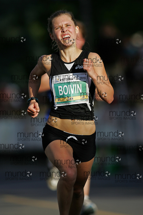 (Ottawa, ON --- May 29, 2010) MARIANNE BOIVIN running in the 10km race during the Ottawa Race Weekend. Photograph copyright Sean Burges / Mundo Sport Images