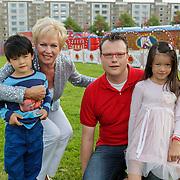 NLD/Amsterdam/20120813 - Premiere Sensations van Circus Herman Renz, Ria Valk en kleinkinderen