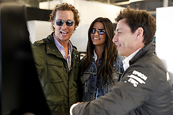 October 20, 2018 - Austin, United States - Motorsports: FIA Formula One World Championship; 2018; Grand Prix; United States, FORMULA 1 PIRELLI 2018 UNITED S GRAND PRIX , Circuit of The AmericasToto Wolff (AUT, Mercedes AMG Petronas Formula One Team)  , Matthew Mcconaughey, Actor  (Credit Image: © Hoch Zwei via ZUMA Wire)