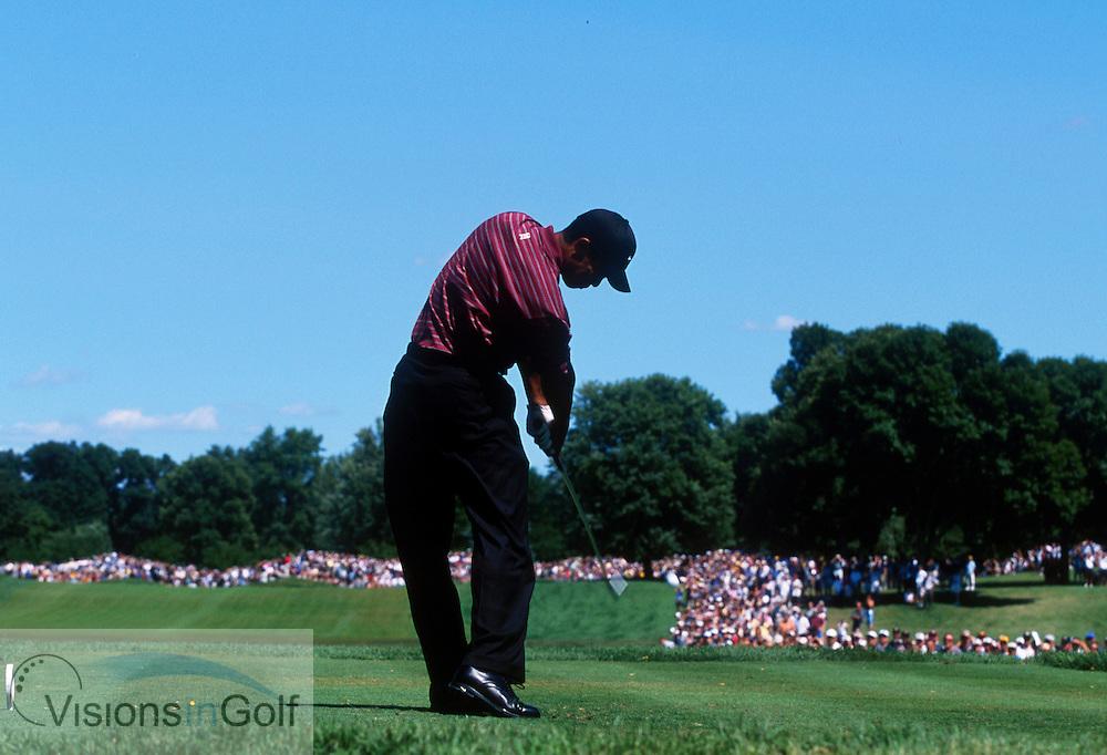 Tiger Woods hits tee shot on # 2<br />USPGA at Hazeltine CC, USA THE US PGA CHAMPIONSHIP 2002<br />Photo: Michael C. Cohen