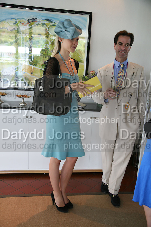 Lady Alexandra Gordon-Lennox and Charles Fraser. Glorious Goodwood. 31 July 2007.  -DO NOT ARCHIVE-© Copyright Photograph by Dafydd Jones. 248 Clapham Rd. London SW9 0PZ. Tel 0207 820 0771. www.dafjones.com.