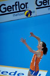 30-10-2011 VOLLEYBAL: NEDERLAND - BELGIE: ZWOLLE <br /> Nederland wint de tweede oefenwedstrijd met 3-2 van Belgie / Lonneke Sloetjes<br /> ©2011-WWW.FOTOHOOGENDOORN.NL