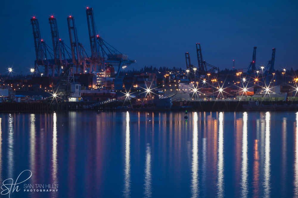 Port of Tacoma by night