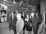 24/08/1984<br /> 08/24/1984<br /> 24 August 1984<br /> Opening of ROSC '84 at the Guinness Store House, Dublin. Mr Pat Murphy gives a guided tour of the exhibition to the visiting dignitaries.