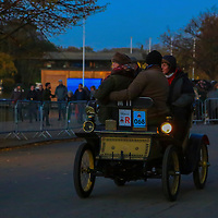 De Dion Bouton  Vis-à-vis   1901    Driven By   Mr James Gresham, Bonhams London to Brigthon Veteran Car Run Supported by Hiscox,, 06/11/2016,