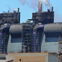 EUROFOS : filiale de PortSynergy, 1er groupe de manutention français<br /> Eurofos exploite le Terminal de Méditerranée à Fos-sur-Mer, plus grand terminal à conteneurs en France. Eurofos réalise également des opérations de manutention de marchandises conventionnelles, de vracs, de colis lourds et colis spéciaux. L'entreprise est également l'exploitant du CFS (Container Freight Station) des bassins ouest du Port de Marseille-Fos.