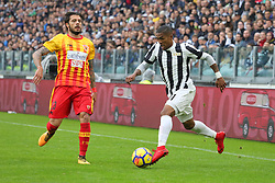 November 5, 2017 - Turin, Italy - Douglas Costa (Juventus FC)  during the Serie A football match between Juventus FC and Benevento Calcio on 05 November 2017 at Allianz Stadium in Turin, Italy. (Credit Image: © Massimiliano Ferraro/NurPhoto via ZUMA Press)