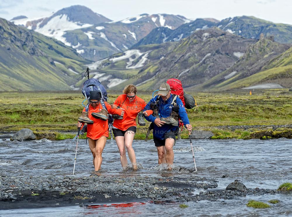 09-07-2014 ISL: Iceland Diabetes Challenge Dag 5, Emstrur<br /> Van Alftavatn naar Emstrur / Ellen Liklikwatil, Debbie de Poorter, Andre Feenstra