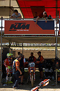 Mid practice adjustments for the factory KTM of Tony Cairoi