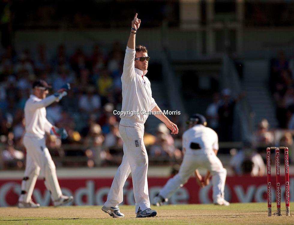 Graeme Swann celebrates the wicket of last man Ben Hilfenhaus during the third Ashes test match between Australia and England at the WACA (West Australian Cricket Association) ground in Perth, Australia. Photo: Graham Morris (Tel: +44(0)20 8969 4192 Email: sales@cricketpix.com) 16/12/10