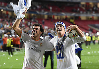 FUSSBALL  CHAMPIONS LEAGUE  FINALE  SAISON 2013/2014 Real Madrid - Atletico Madrid     24.05.2014 Pepe und Gareth Bale (v.l., beide Real Madrid) jubeln